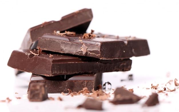 ブラックチョコレートのかけら 無料写真
