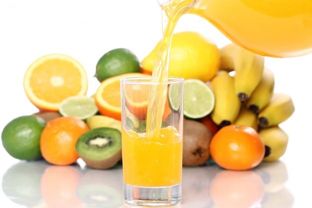 Стакан свежего фруктового сока Бесплатные Фотографии