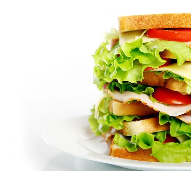 プレート上の大きなサンドイッチ 無料写真