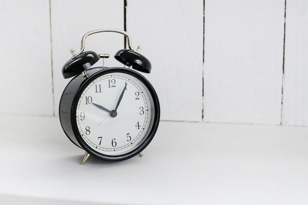 目覚まし時計 無料写真
