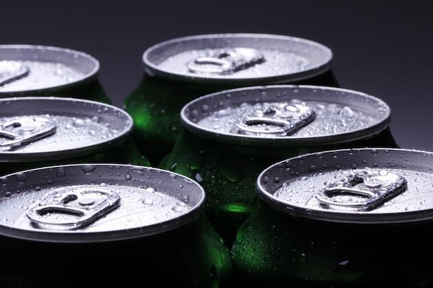 Банки с холодным напитком Бесплатные Фотографии