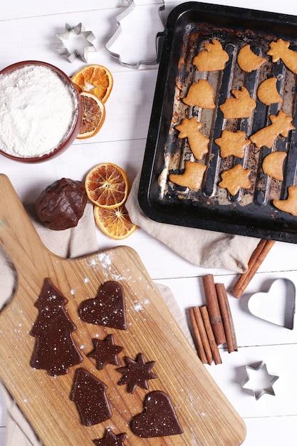 クッキーを作るプロセス 無料写真