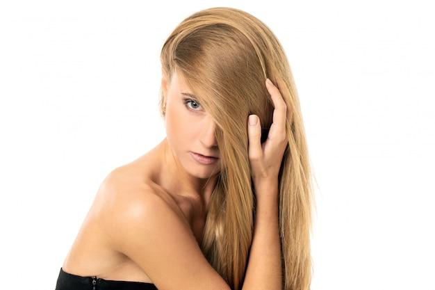 ストレートの髪の美しい少女 無料写真