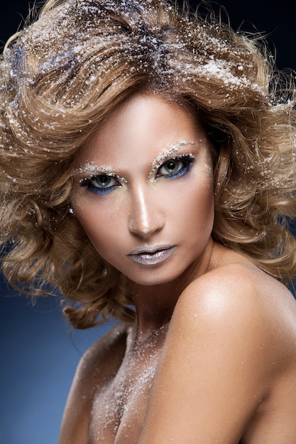 Женщина с красивым макияжем Бесплатные Фотографии