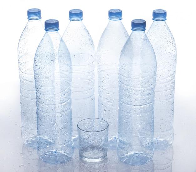 Пустая бутылка с водой Бесплатные Фотографии