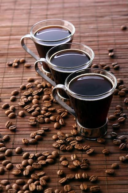 新鮮な黒とおいしいコーヒーカップ 無料写真