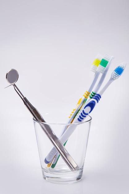ガラスの歯ブラシ 無料写真