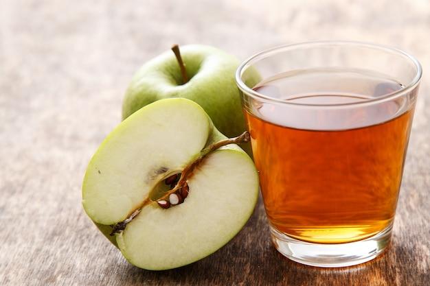 Стакан яблочного сока Бесплатные Фотографии