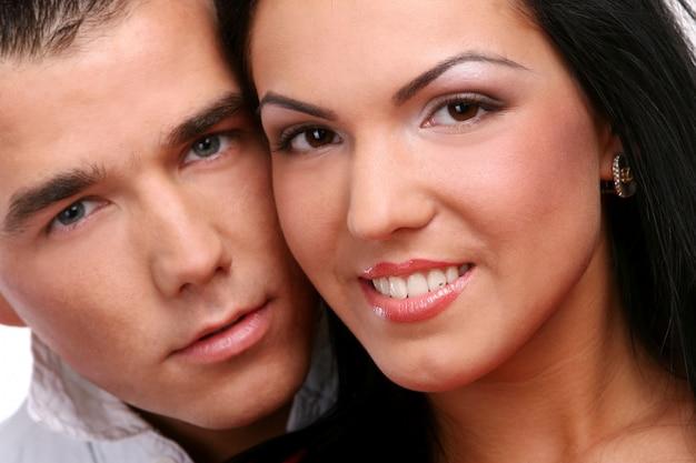 若くて魅力的な幸せなカップル 無料写真