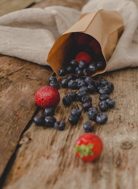 テーブルの上の果実 無料写真