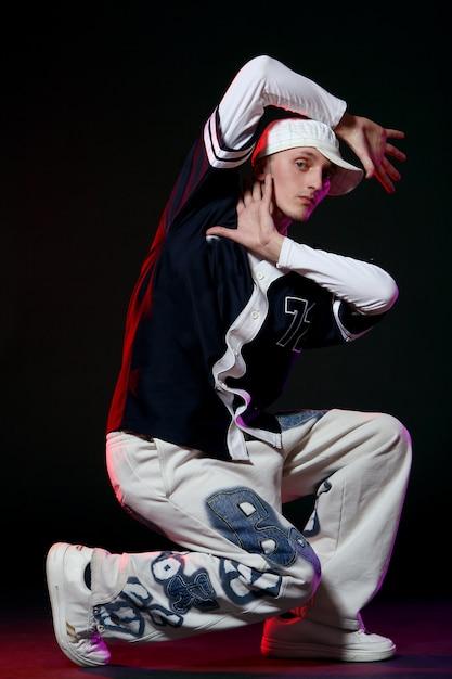 ダンスのヒップホップダンサー 無料写真