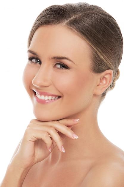 完璧な肌を持つ美しい女性 無料写真
