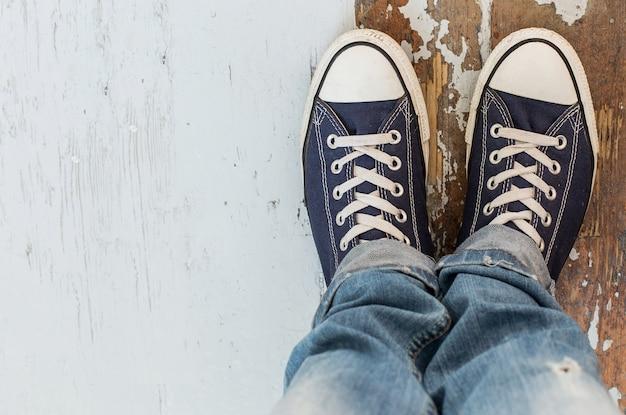 Человек в кроссовках Бесплатные Фотографии
