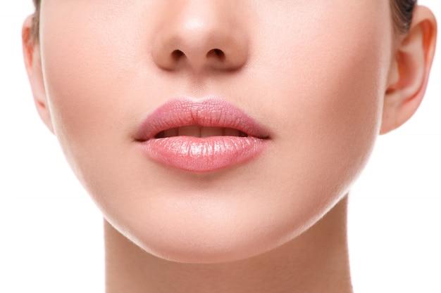 Красивые розовые губы Premium Фотографии