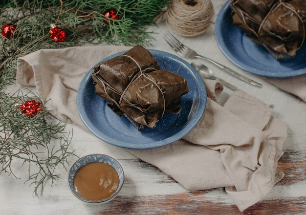ラマアメリカの伝統的な食べ物、タマレス Premium写真