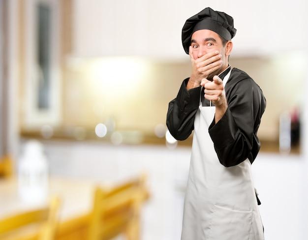 картинка смеющийся повар пуйоль всю карьеру