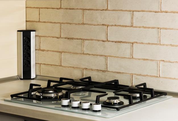 Газовая плита со встроенной электрической духовкой Premium Фотографии