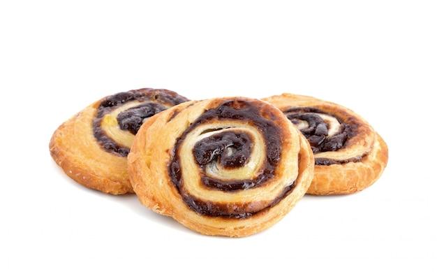 Близкое датское изолированное печенье вверх Premium Фотографии