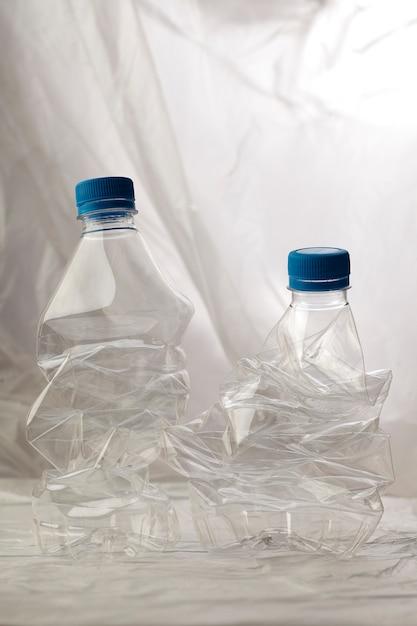 Деталь пластиковых бутылок для переработки. Бесплатные Фотографии