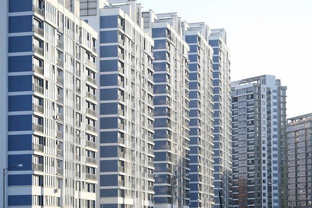 高層ビルと都市の景観 Premium写真