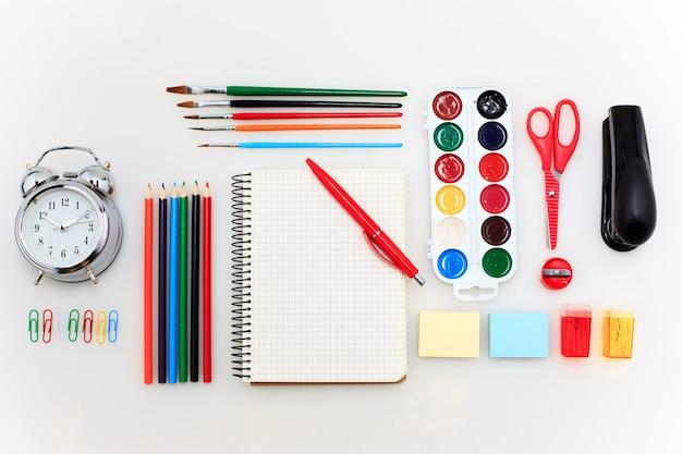 Школьный набор с тетрадями Бесплатные Фотографии