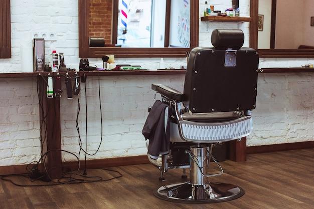 Винтажное кресло в парикмахерской Бесплатные Фотографии