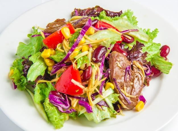 Салат с говядиной Бесплатные Фотографии