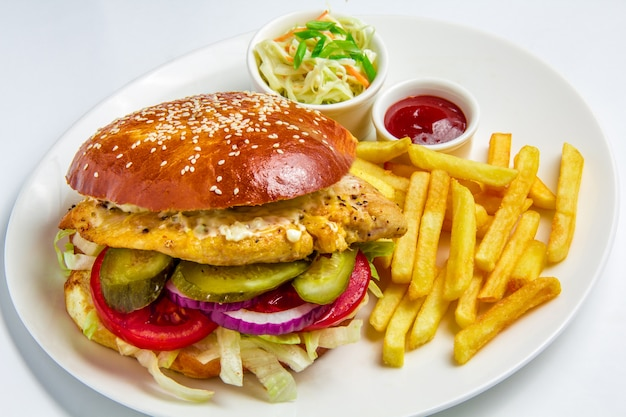 白い背景の上のハンバーガー 無料写真