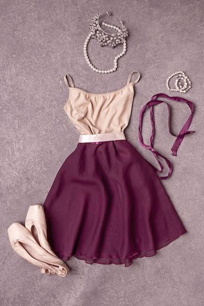 ドレスとバレエシューズ 無料写真