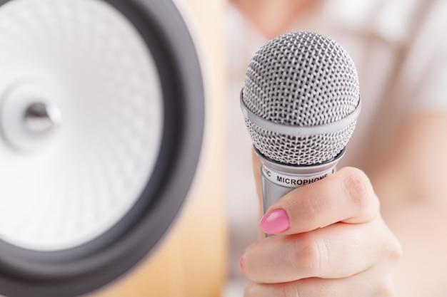 Микрофон и громкоговоритель Premium Фотографии