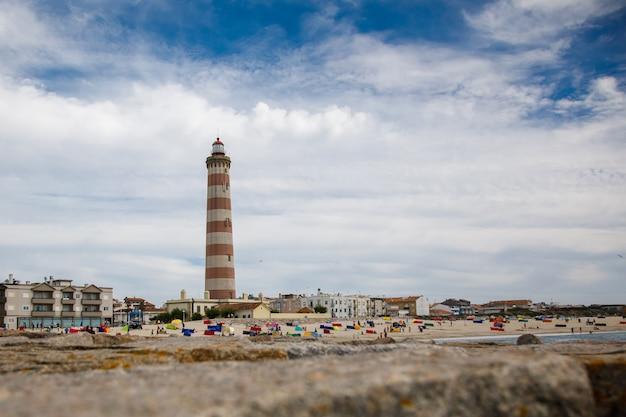 Самый высокий маяк в португалии Premium Фотографии