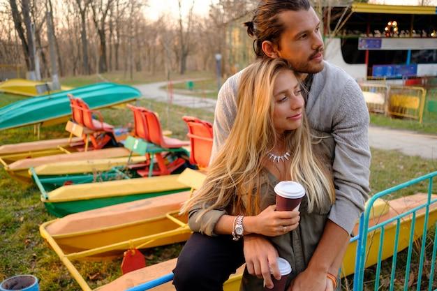 Влюбленная пара Бесплатные Фотографии