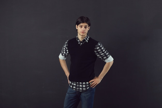 ハンサムな若い男の肖像 無料写真
