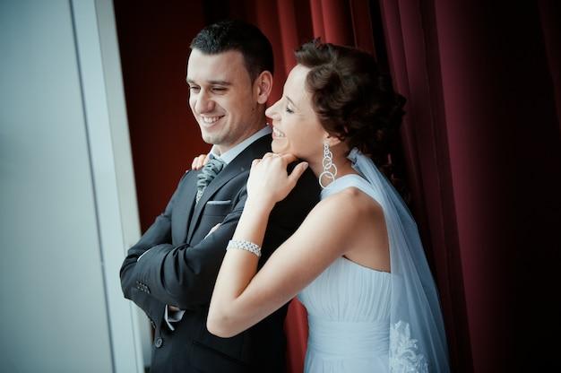 Красивая невеста и жених Бесплатные Фотографии