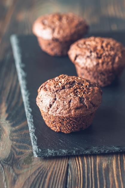 チョコレートマフィン Premium写真