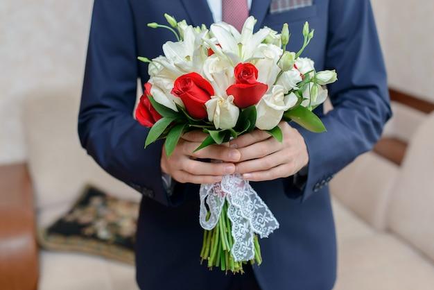 Букет невесты. свадебный букет для невесты. Premium Фотографии