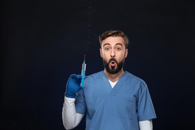 制服を着た面白い男性医師の肖像画 無料写真