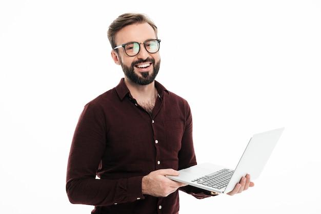眼鏡で笑顔のハンサムな男の肖像 無料写真