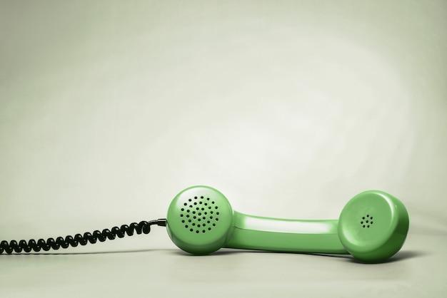 Зеленая телефонная трубка Premium Фотографии