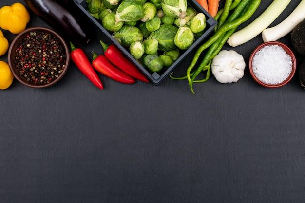 Готовим овощи для вкусного овощного супа Бесплатные Фотографии