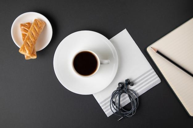 Кофейная чашка с конфетами Бесплатные Фотографии