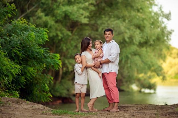 Дочь, семья, -, сын, дед, бабушка, отец, мама, счастливый. Дочь ... | 417x626