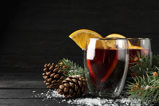 オレンジを練り込んだ美味しいグラス Premium写真