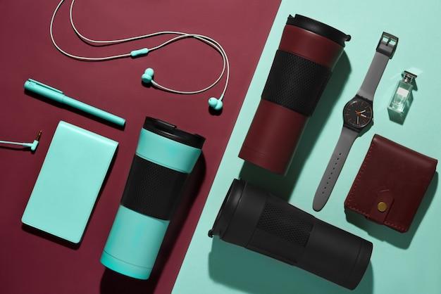 メンズアクセサリー、デバイス、ポータブルマグ Premium写真