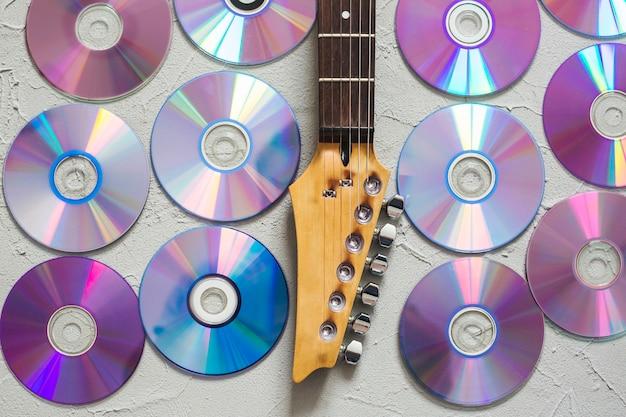ディスクとギターの首 無料写真