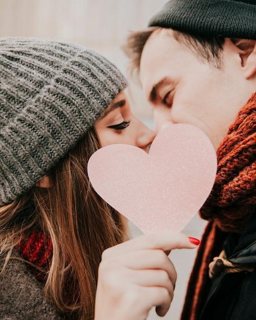 картинки с поцелуями и сердечками для любимого интерактивной карте указан