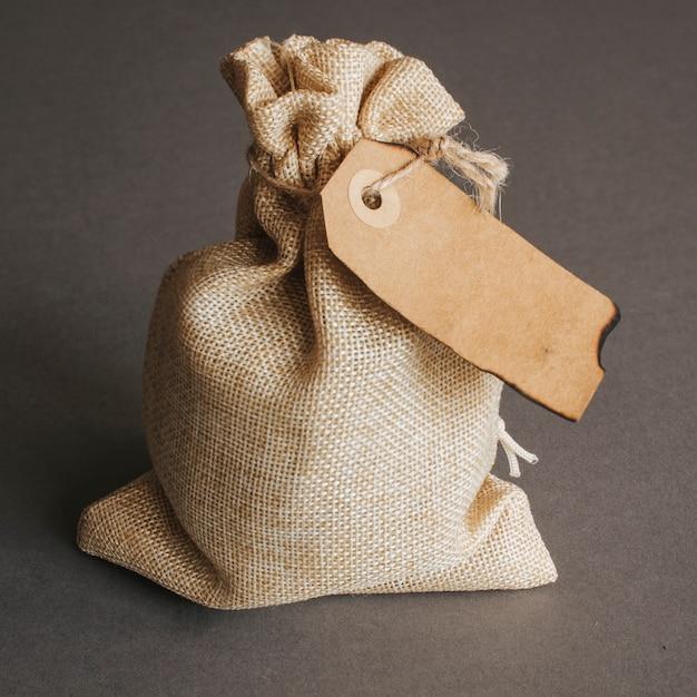 ヴィンテージ・タグ付きのバッグ 無料写真