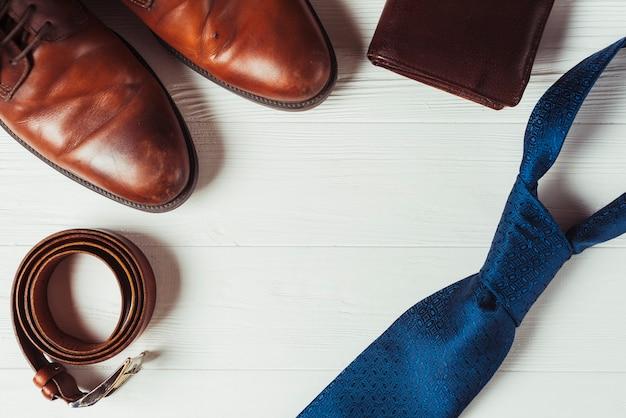 Концепция отца с мужской одеждой Бесплатные Фотографии