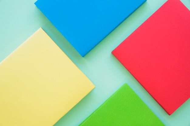 Разноцветная пустая книжка Бесплатные Фотографии