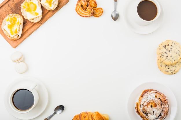 パンとコーヒーのボーダー 無料写真